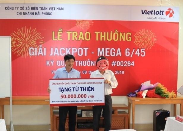 Vị khách trúng giải Vietlott trị giá 47 tỷ đồng công khai họ tên