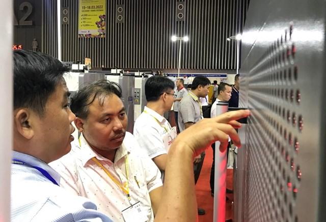 Hai triển lãm quốc tế đồng thời khai mạc tại TP Hồ Chí Minh