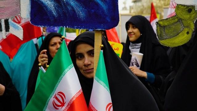 Iran cảnh báo đáp trả nếu Mỹ gia hạn lệnh cấm vận