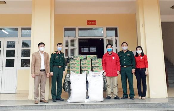 Quảng Ninh: Hội Chữ thập đỏ trích kinh phí 60 triệu đồng hỗ trợ cán bộ, y, bác sĩ