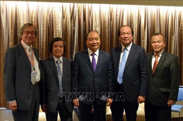 Thủ tướng tiếp Tổng Thư ký LDP và gặp đại diện cộng đồng trí thức Việt Nam tại Nhật Bản - 1