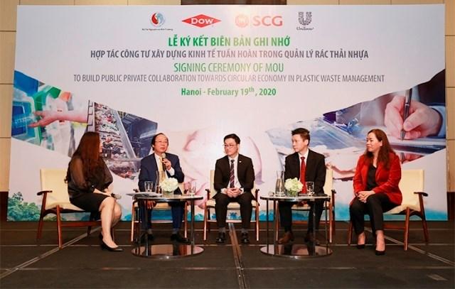 Hợp tác công tư về quản lý rác thải nhựa tại Việt Nam