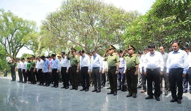 Hội nghị tổng kết hỗ trợ xây dựng, sửa chữa nhà ởcho các hộ nghèo của huyện Mường Nhé, tỉnh Điện Biên - 1