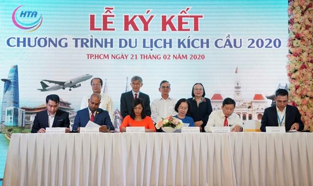 Vietjet chung tay thúc đẩy du lịch xanh cùng Hiệp hội Du lịch TP HCM