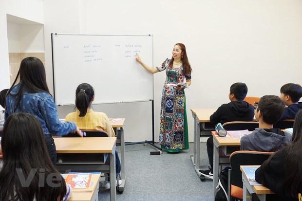 Chuẩn hóa việc dạy và học tiếng Việt trong cộng đồng tại Séc - 3