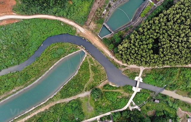 Nhiễm bẩn đầu nguồn sông Đà: Chưa xác định được loại dầu thải