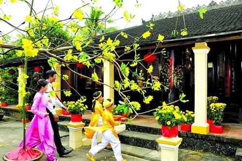 Xông đất ngày Tết cổ truyền: Nét đẹp văn hóa của Việt Nam - 1