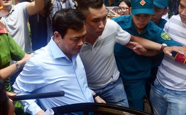 Tiếp tục truy tố bị can Nguyễn Hữu Linh tội dâm ô trẻ em