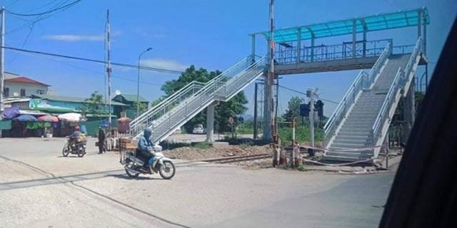 Xử lý thông tin báo nêu về xây cầu vượt đường sắt cho người đi bộ tại Thanh Hóa