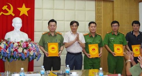 Thưởng nóng cho các đơn vị phá án vụ cướp ngân hàng ở Khánh Hòa