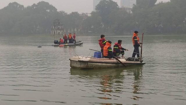 Nam thanh niên đuối nước tại Hồ Hoàn Kiếm chưa rõ nguyên nhân