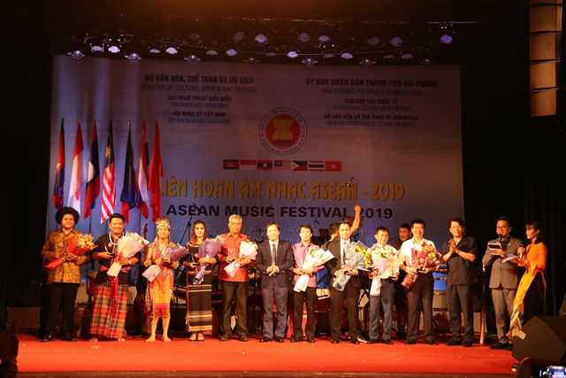 Liên hoan âm nhạc ASEAN: Thúc đẩy quan hệ hữu nghị giữa Việt Nam và các quốc gia trong khu vực - 1