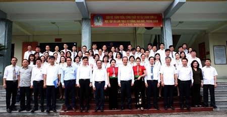 Phó Thủ tướng kiểm tra công tác cải cách hành chính tại Sơn La - 2