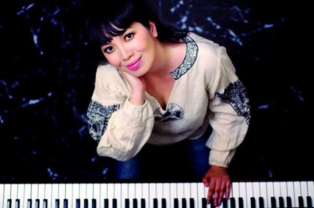 Nghệ sĩ piano Bích Trà biểu diễn tại đêm nhạc Rachmaninov và Beethoven
