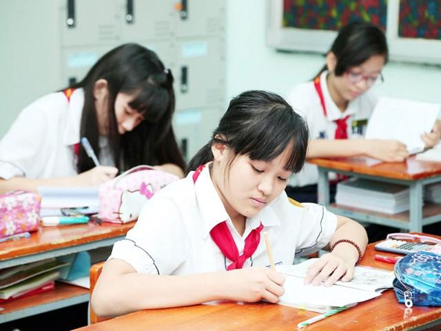 Tuyển sinh lớp 6 THCS tại Hà Nội: Cần sự giám sát của phụ huynh