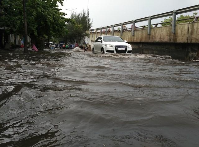 Loạt dự án chống ngập tại TP Hồ Chí Minh: Kỳ vọng nhưng vẫn chưa hết lo