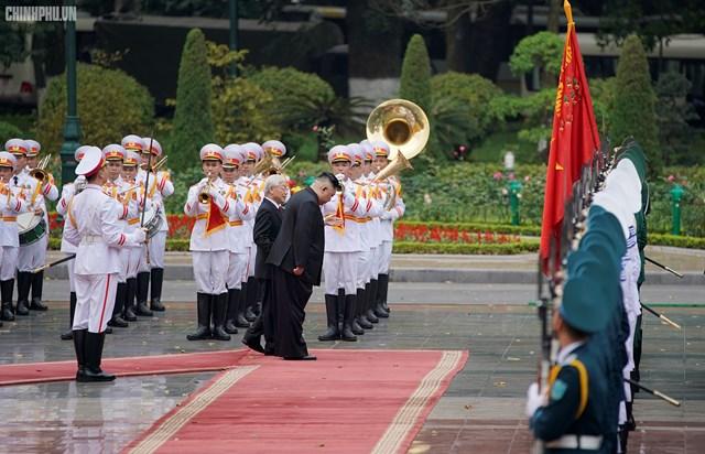 [ẢNH] Tổng Bí thư, Chủ tịch nước Nguyễn Phú Trọng đón, hội đàm với Chủ tịch Kim Jong-un - 4
