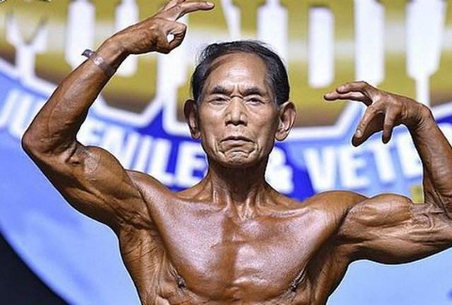 Cụ ông 81 tuổi có thân hình cường tráng như thanh niên