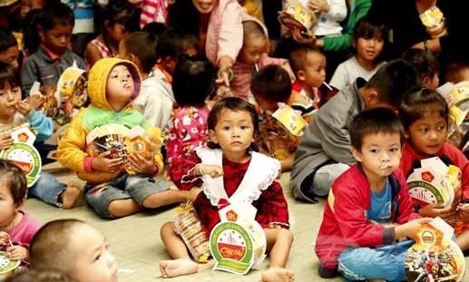 [Ảnh] Trẻ em dân tộc K'Ho đón Trung thu sớm - 2