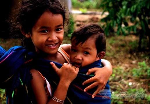 [Ảnh] Trẻ em dân tộc K'Ho đón Trung thu sớm - 4