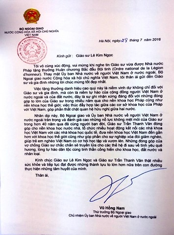 Bộ Ngoại giao chúc mừng GS Lê Kim Ngọc