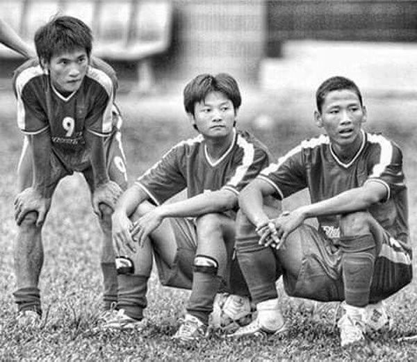 Chặng đường gian nan của Anh Đức trước khi thành người hùng bóng đá Việt Nam
