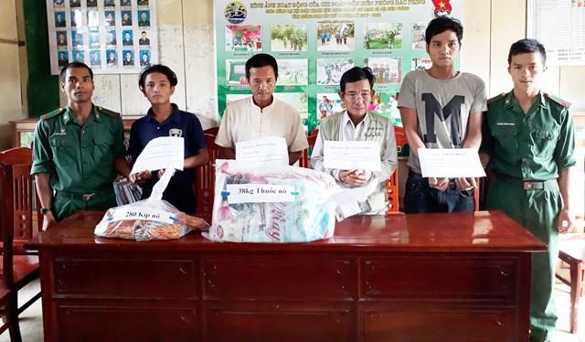 Quảng Nam: Bắt 4 đối tượng vận chuyển vật liệu nổ trái phép