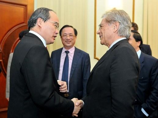 Chủ tịch Nguyễn Thiện Nhân tiếp Viện trưởng Viện nghiên cứu Malik - Thụy Sỹ - 2