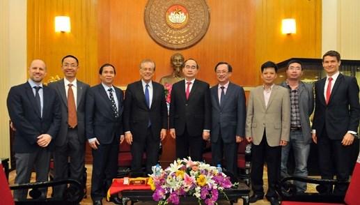 Chủ tịch Nguyễn Thiện Nhân tiếp Viện trưởng Viện nghiên cứu Malik - Thụy Sỹ - 5