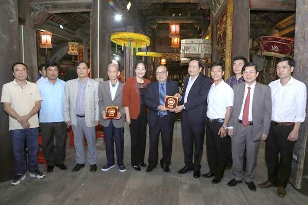 Gìn giữ những sản phẩm đặc trưng của làng nghề Việt - 2
