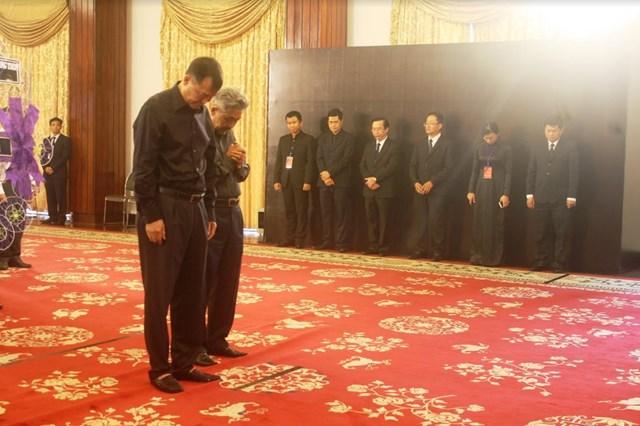 Nhiều đoàn ngoại giao viếng nguyên Tổng Bí thư Đỗ Mười tại Hội trường Thống Nhất - 2