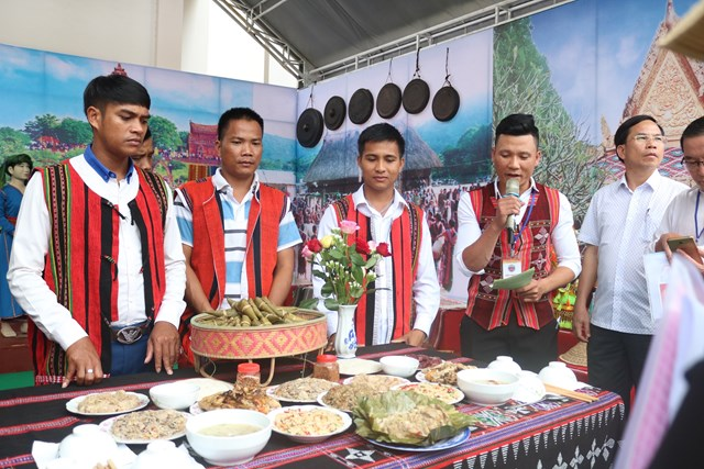 [ẢNH] Khám phá ẩm thực đặc sắc của đồng bào các dân tộc miền Trung - 7