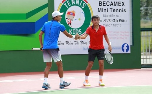 Lý Hoàng Nam vào bán kết đôi nam Giải quần vợt F9 Futures