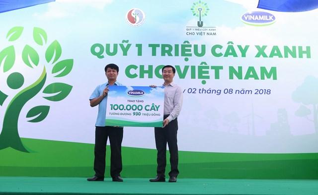 """Phát huy đạo lý """"Uống nước nhớ nguồn"""" - Vinamilk trồng 100.000 cây xanh tại Bắc Kạn - 1"""