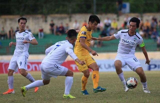 Sau Công Phượng, đến lượt Văn Thanh, Văn Toàn sẽ ra nước ngoài thi đấu?