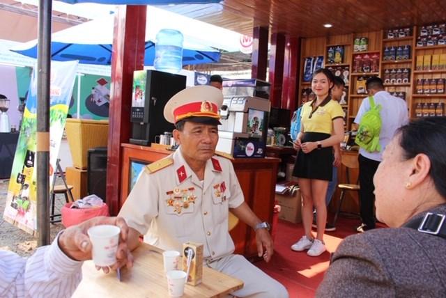 Khai mạc Lễ hội Cà phê Buôn Ma Thuột với chủ đề 'Tinh hoa đại ngàn' - 1