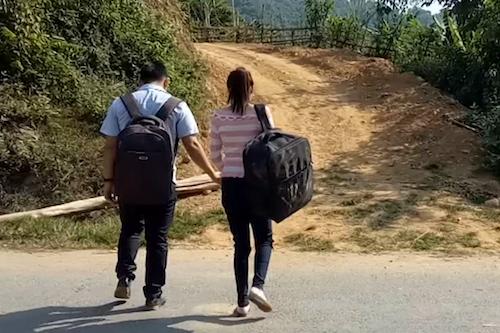 Cô gái trở về tố cáo kẻ bắt cóc, bán sang Trung Quốc