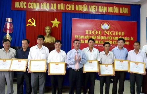 MTTQ tỉnh Đắk Lắk: Xây 102 nhà Đại đoàn kết trong 6 tháng đầu năm - 1