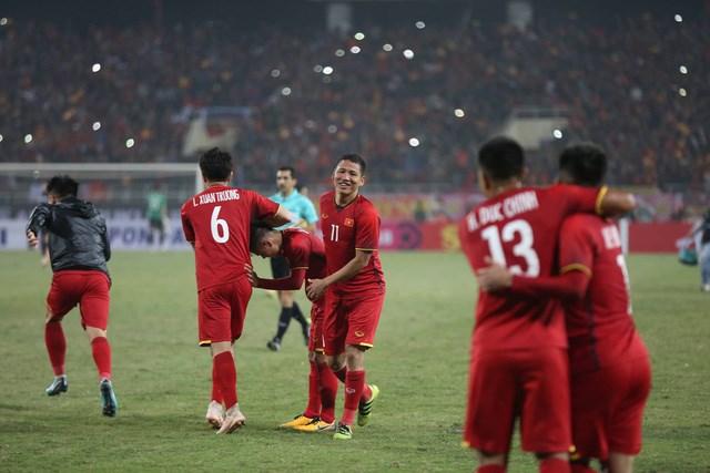 Chặng đường gian nan của Anh Đức trước khi thành người hùng bóng đá Việt Nam - 1