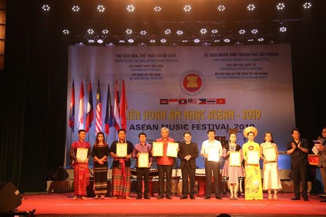 Liên hoan âm nhạc ASEAN: Thúc đẩy quan hệ hữu nghị giữa Việt Nam và các quốc gia trong khu vực - 3