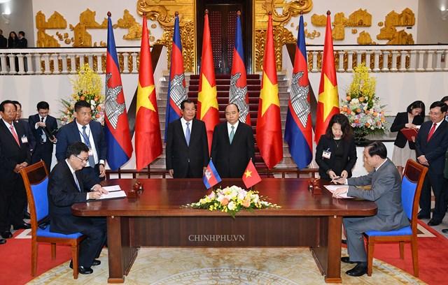 Hai Thủ tướng Việt Nam, Campuchia hội đàm - 3