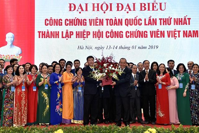 Phó Thủ tướng Thường trực dự Đại hội thành lập Hiệp hội Công chứng viên Việt Nam - 1