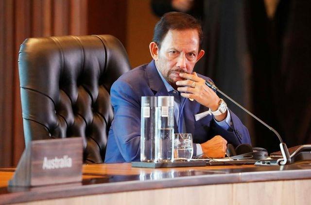 Brunei hoãn luật tử hình người quan hệ đồng giới bằng ném đá