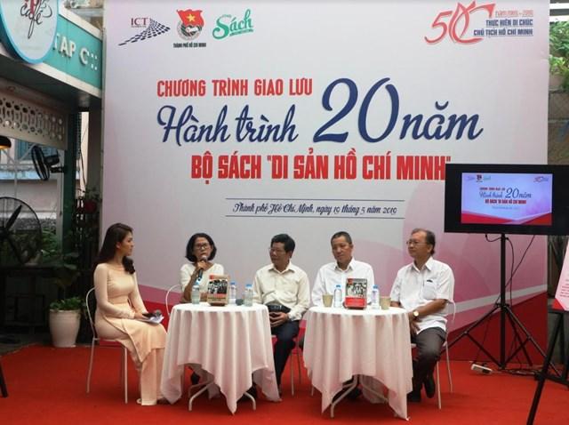 Giao lưu hành trình 20 năm bộ sách về Di sản Hồ Chí Minh