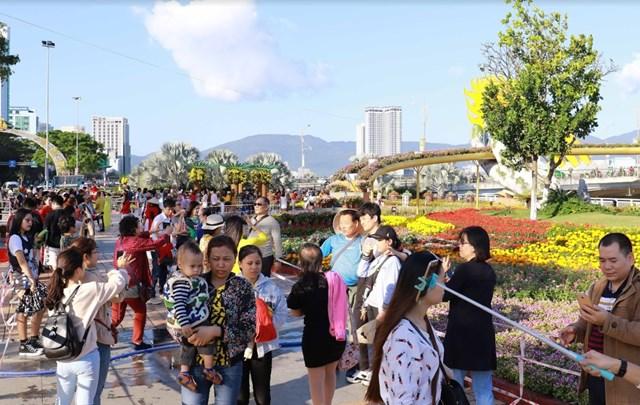 Giám đốc Sun Group tiết lộ về việc 'đưa Cầu Vàng xuống phố Đà Nẵng'