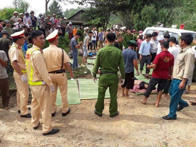 Tai nạn thảm khốc, 11 người chết, 4 người bị thương nặng - 1