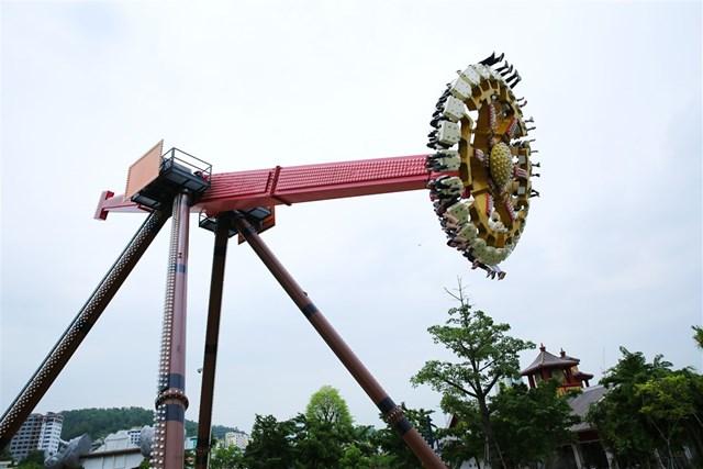 Vui chơi đã đời tại công viên chủ đề lớn nhất Đông Nam Á chỉ với 50.000 đồng - 1