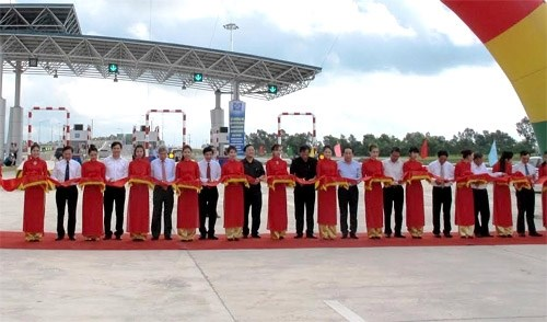 Thông xe thêm đoạn tuyến dài 52,5km trên cao tốc Hà Nội - Hải Phòng