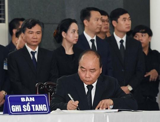 Lễ viếng Chủ tịch nước Trần Đại Quang - 9