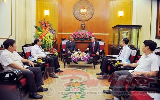 Tổng LĐLĐ Việt Nam chúc mừng 85 năm Ngày truyền thống MTTQ Việt Nam - 1